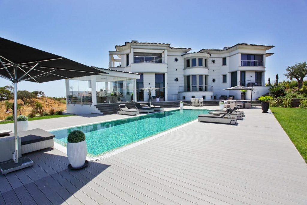Tiện ích hồ bơi dự án căn hộ nghỉ dưỡng Sheraton Cascais Resort