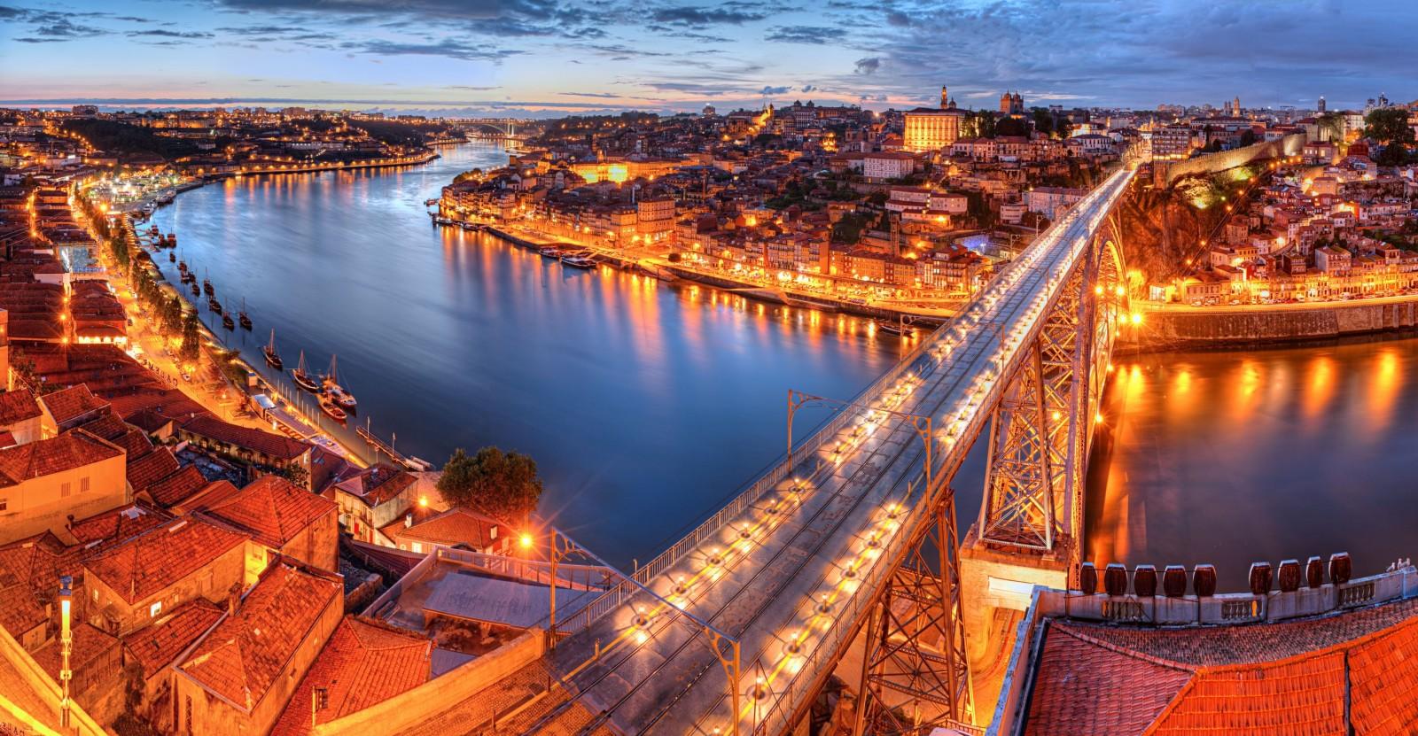 Bồ Đào Nha có nhiều thành phố hiện đại mang nét đẹp cổ kính.