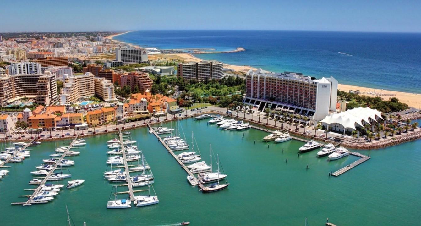 Đất nước của những cảng biển đẹp nhất thế giới.