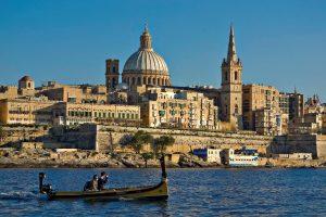 Thành phố ven biển tuyệt vời tại Malta.